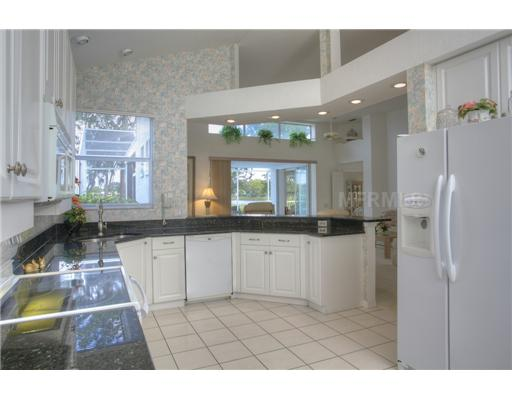 The move decision help sarasota bradenton venice for Bulkhead over kitchen cabinets