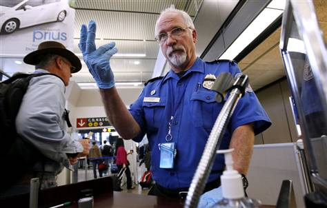 Confirmed: The TSA Is Ordering Travelers to Freeze On Command 71194d1289598225 does seatac airport have nude scanner seattle airport1