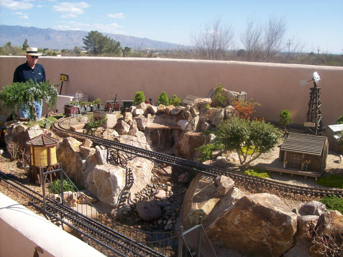 Garden Railroads Tucson Chandler amusement parks new home