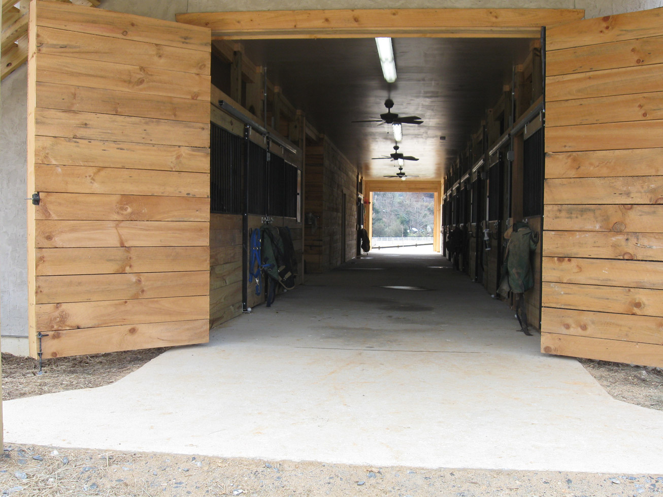 Does Anybody Know Any Good Horse Stables For F T Boarding In Southern Asheville Henderson