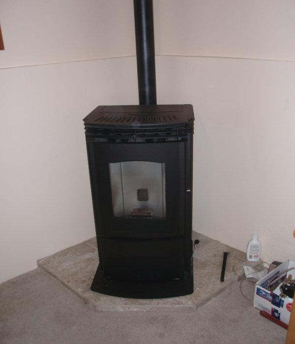 Hearth pad for pellet stove?? (hardwood floors, heat, ceramic, stone ...