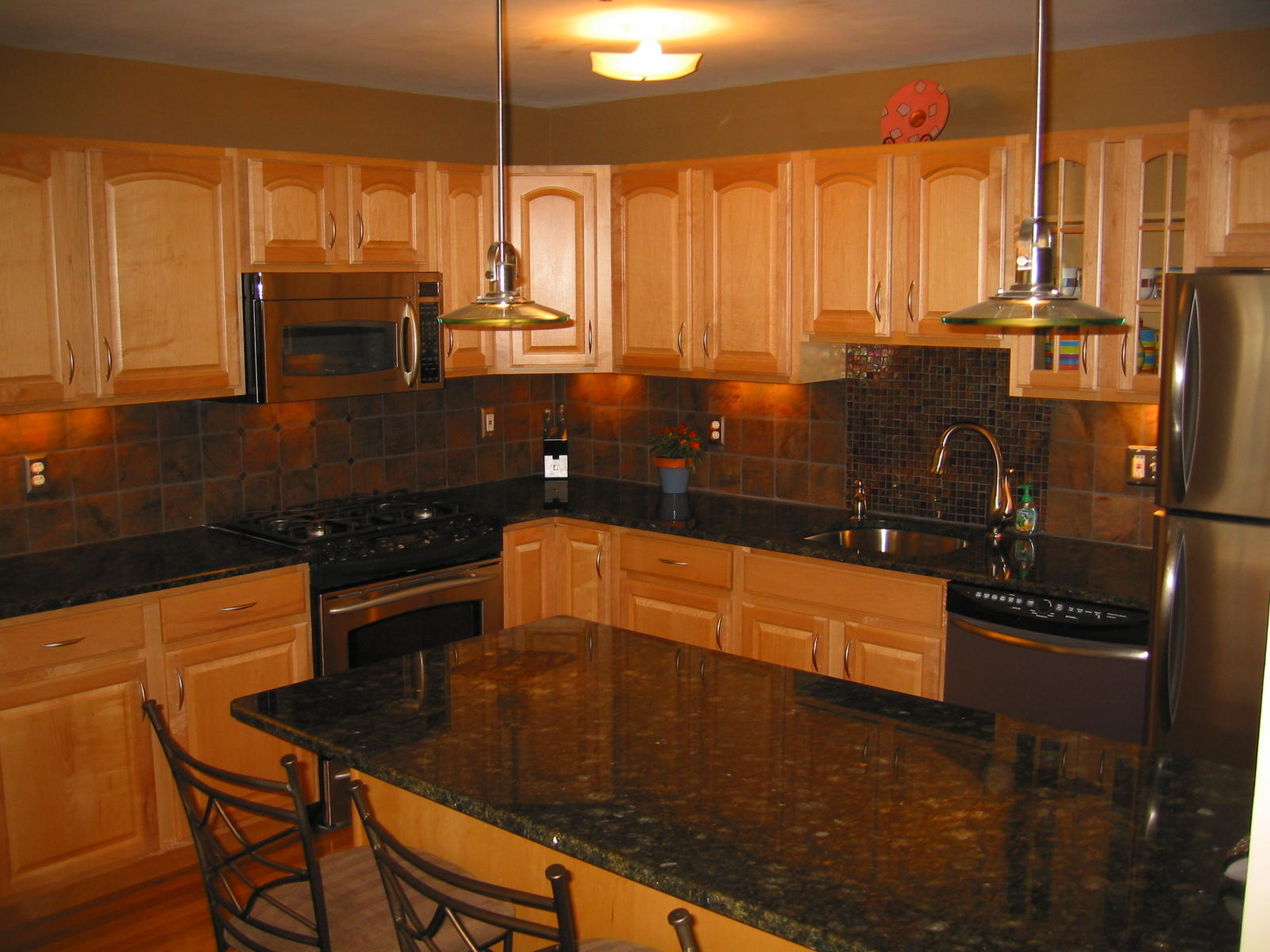 Cabinets Ever Stylish?? (appliances Molding Wall Stainless Steel . Full resolution  photograph, nominally Width 1600 Height 1200 pixels, photograph with #C07C0B.