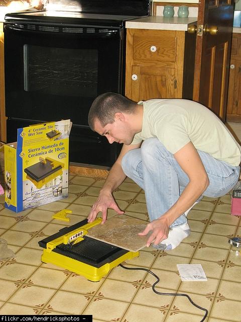 labor cost installation of tile floor paint bathrooms kitchen. Black Bedroom Furniture Sets. Home Design Ideas