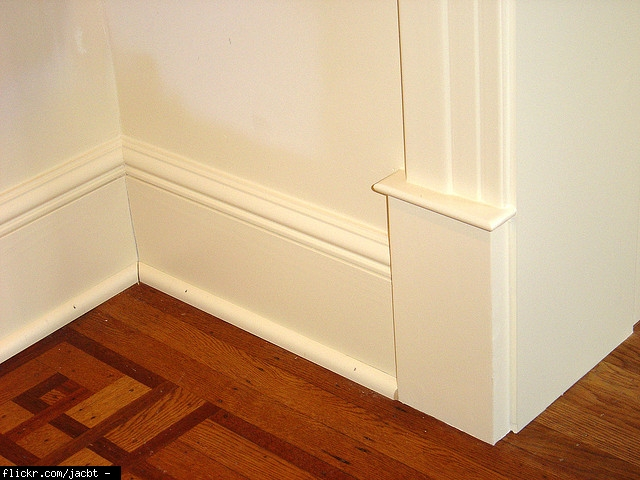 Average labor cost to install baseboard trim how much for Cost to paint baseboard