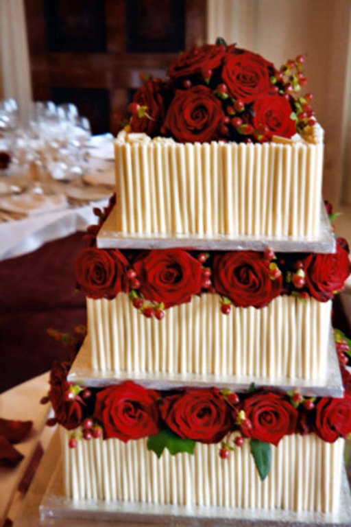 39 Wedding Cakes That Prove Vanilla Isn 039