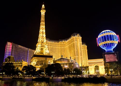 Las Vegas Is Known For Its Shows And Luxurious Hotels Ping Lines The Strip From T Shirts To Fine Couture Clothing