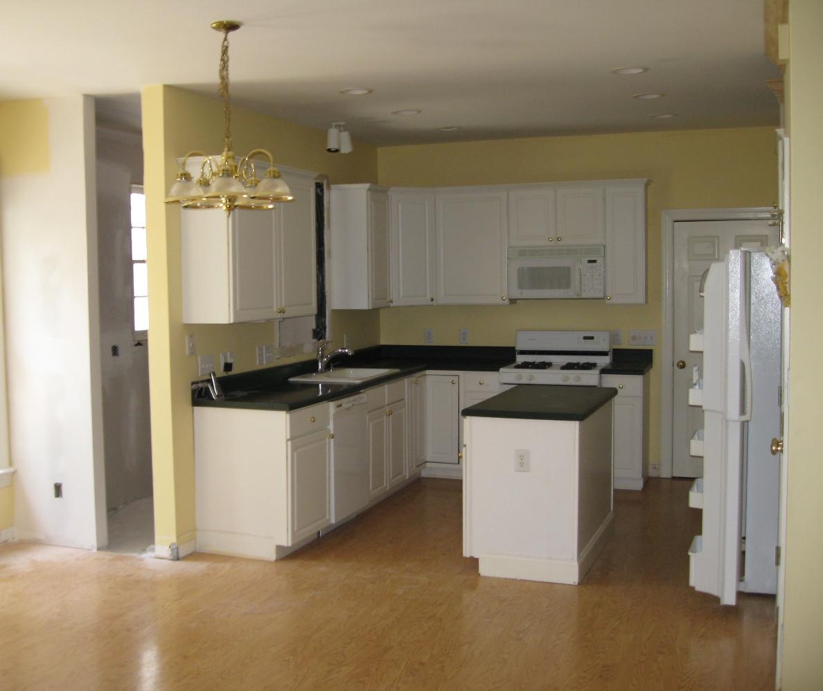White Kitchen Cabinets Quality: White Kitchen Cabinets: 2013 View (vinyl, Granite, Floor