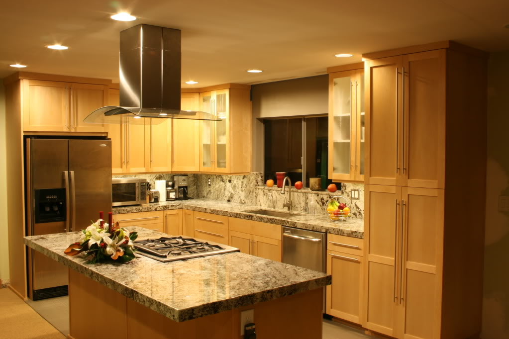 What Color Countertop Goes Best With Oak Cabinets