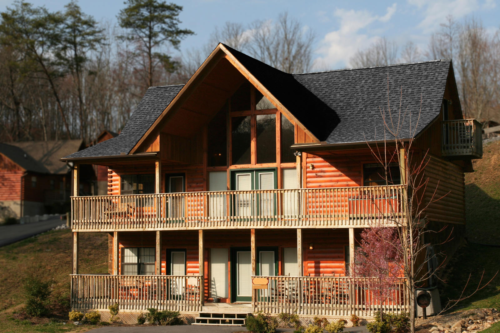 Log Homes Pros And Cons Exterior Home After