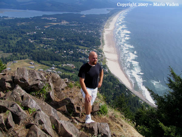 Here S A Photo Of Our Oldest Son On Top Neahkahnie Mountain Overlooking Nehalem Bay And Manzanita Short Ways South Cannon Beach