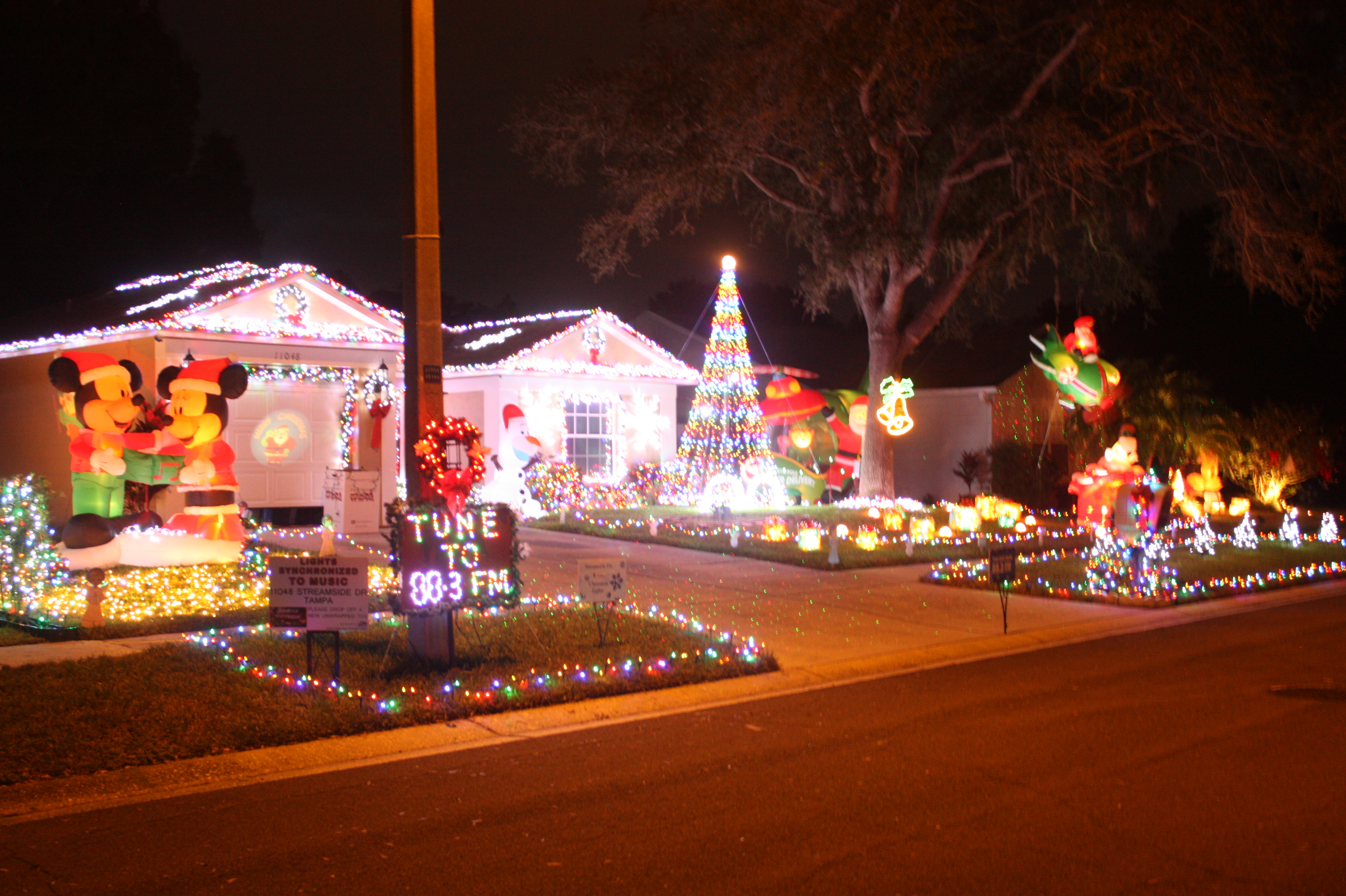Best Place to see Christmas Light Display (Tampa, Brandon ...