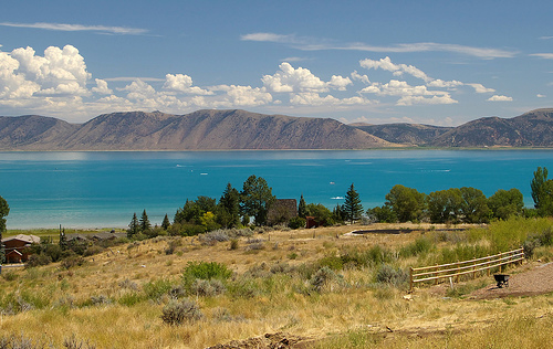 https://www.city-data.com/forum/attachments/utah/21991d1214321229-pictures-utah-bear-lake.jpg